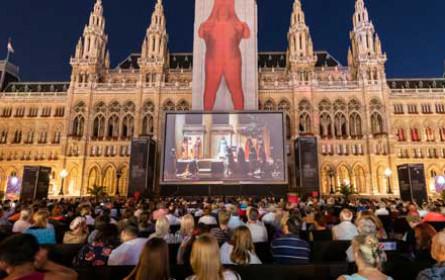 Das 29. Film Festival auf dem Wiener Rathausplatz geht mit rund 400.000 Besuchern in die zweite Halbzeit