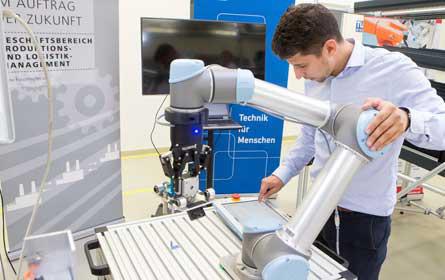 Mensch – Maschine – Fraunhofer Austria