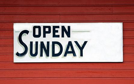 Handelsverband und Shopping Center für liberalere Sonntagsöffnung
