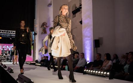 Fashionshows und großes Gewinnspiel zur ShoppingNight am 6. September