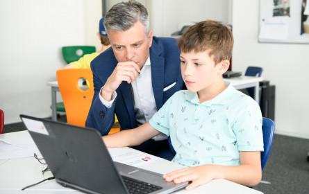 Spielerisch Programmieren lernen bei den A1 Coding Labs