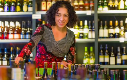 Neuer Weinladen lädt zur vinophilen Entdeckungsreise im Wiener Karmeliterviertel