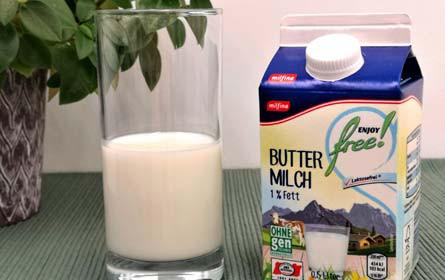 """Bestnote beim VKI-Buttermilchtest: Hofer mit dem Testurteil """"Sehr gut"""" ausgezeichnet."""