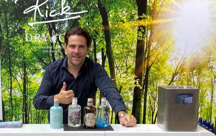 Rick Gin launcht alkoholfreien Gin