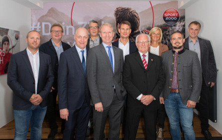 """Sport 2000 zeichnet """"Händler des Jahres"""" aus"""