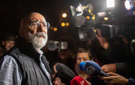 """Reporter ohne Grenzen nennt neue Verhaftung Altans """"Justiz-Willkür"""""""