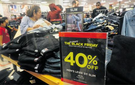 Black Friday: Verbraucher geben im Schnitt 222 Euro aus
