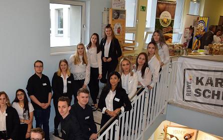 Welser Rewe Group-Lehrlinge widmen sich dem Klimaschutz