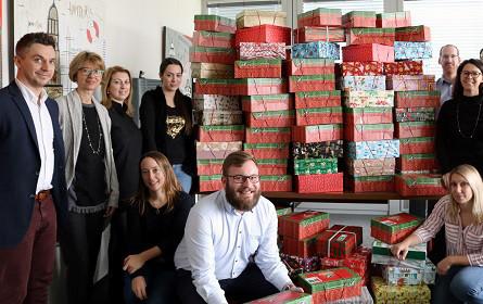 280 Geschenke für bedürftige Kinder