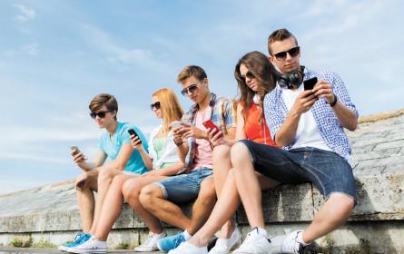 14- bis 29-Jährige stehen auf online