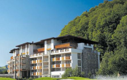 Grand Tirolia Hotel, Curio-veredelt