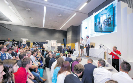 """Top"": IT & Telecom auf einer Messe"