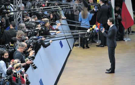 "FPÖ klagt ""Krone"", Kurz droht Medien"