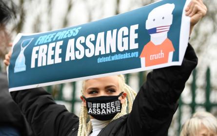 ÖJC fordert Freiheit für Julian Assange