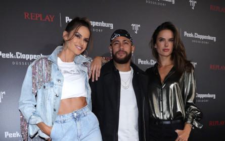 Launch der exklusiven Neymar Jr. Capsule Collection für Replay