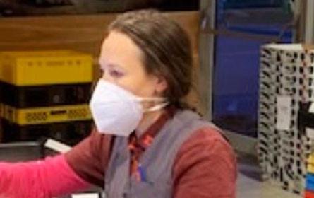 Schutzmasken für MPreis-Mitarbeiter