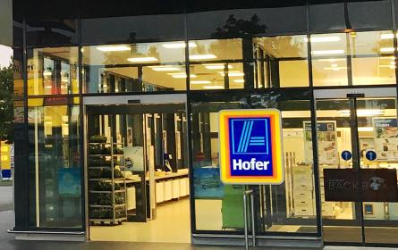 Hofer ersucht seine Kunden: Den Morgen für den Einkauf von Älteren und Risikogruppen freihalten