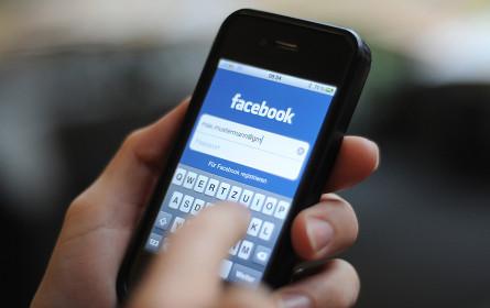 Mehr als die Hälfte nutzt Social Media als Infoquelle