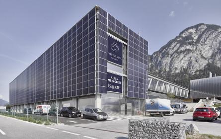 MPreis erhält Auszeichnung für Bauwerkintegrierte Photovoltaik