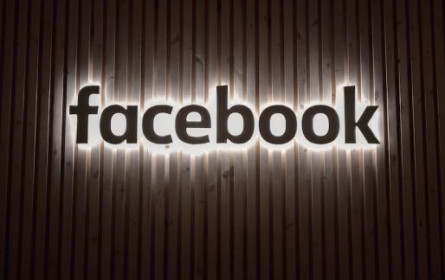 Facebook im digitalen Live-Talk