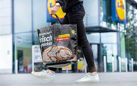 Lidl Österreich: Tragetaschen aus recycelten Altfolien