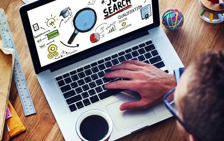 Marktanteil an digitaler Werbung übersteigt zum ersten Mal 50 Prozent Marke