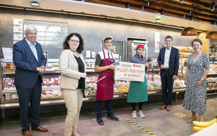 Tourismus-Praktikum im Supermarkt