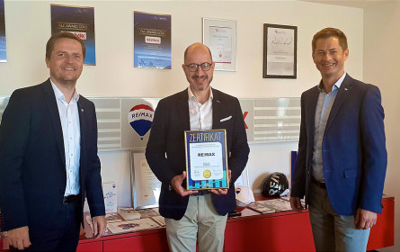 Superbrands Zertifikat bereits zum vierten Mal in Folge an RE/MAX Austria verliehen