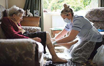 Reformbedarf: Kosten für Pflege steigen stark