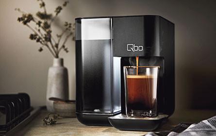 Kaffee. Schwarz.