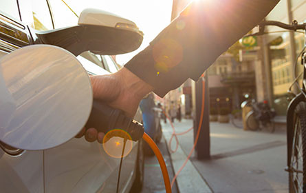 Umweltministerium hofft auf E-Auto-Boom