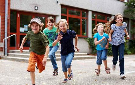 Rekord zum Schulstart trotz Corona: Österreicher geben pro Kopf 103 Euro und insgesamt 350 Millionen Euro für Geschenke aus