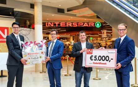 Interspar spendet 5.000 € an das Kinderhilfswerk