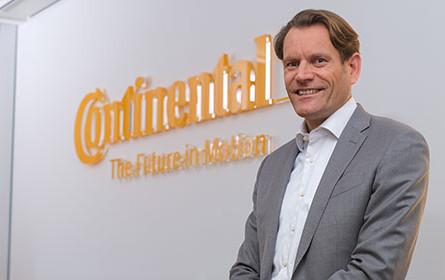 Nikolai Setzer übernimmt Continental