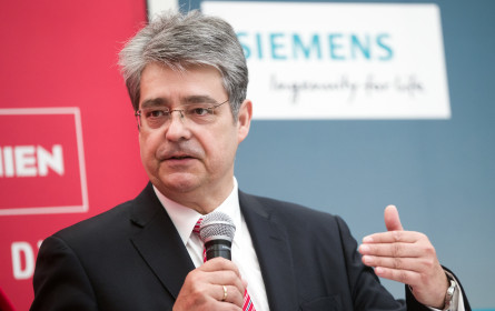 Fachverband der Elektro- und Elektronikindustrie bestätigt Präsidium