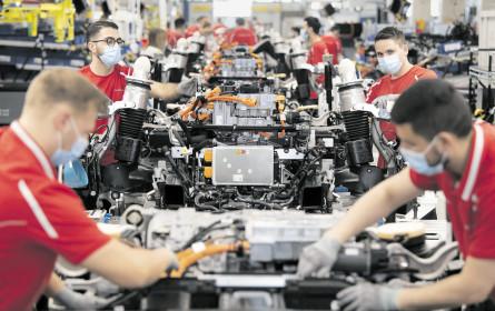 Elektroautos kommen Hersteller deutlich teurer