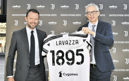 Juventus Turin trinkt Lavazza