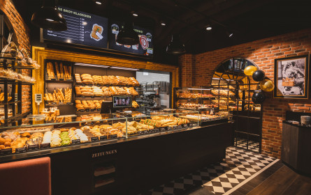 Bäckerei DerMann kooperiert mit neuem Nachbarn Gurkerl.at