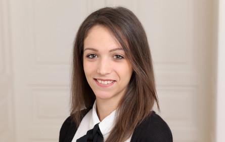 Karrieresprung bei comm:unications: Katarina Mitrovic steigt zur PR-Consultant auf