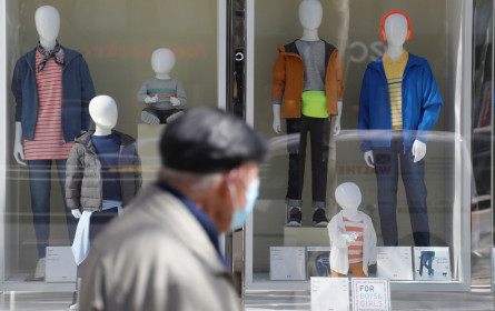 Offen, aber keine Kunden: Lockdown bringt Umsätze der Bekleidungsgewerbe völlig zum Erliegen