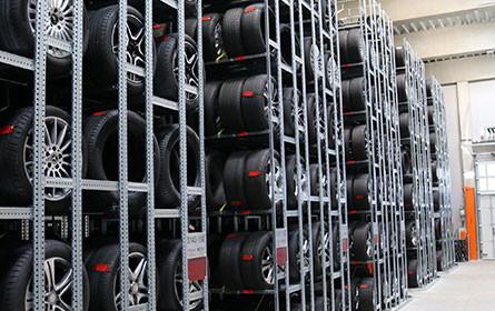 Pappas nimmt Reifenhotel in Betrieb