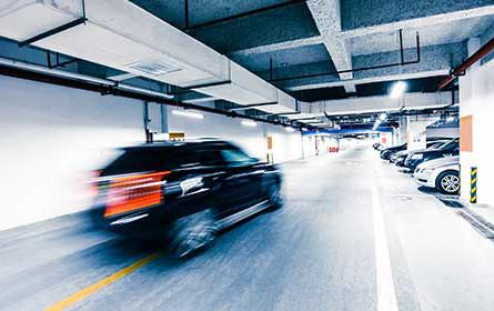 Große Unterschiede bei Dauerparkplatz-Mieten
