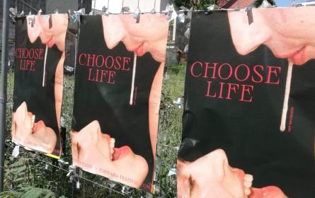 Kontroverse Plakatkampagne zum Impfstart der 18- bis 30-Jährigen in Wien