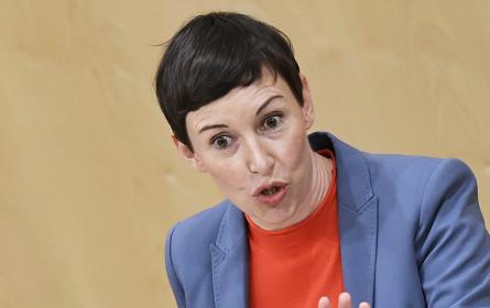 """Neos fordern: """"Weniger Parteieinfluss im ORF"""""""