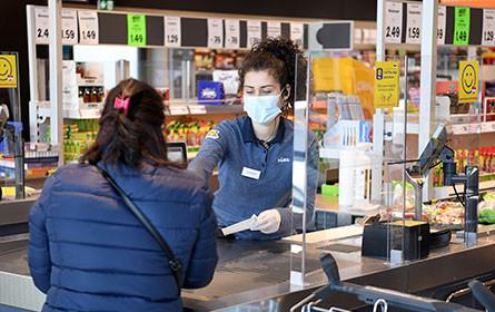 Corona: Handel fordert Aus für Maskenpflicht von 3-G-Mitarbeitern