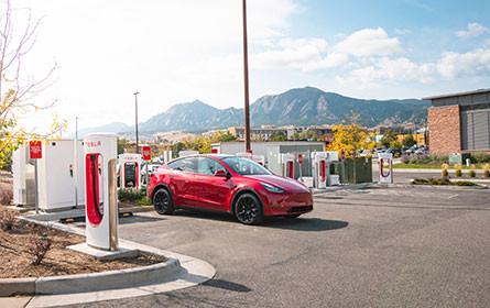 Tesla erhöht das Auslieferungstempo