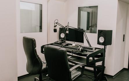 Follow Austria produziert Podcasts im eigenen Studio