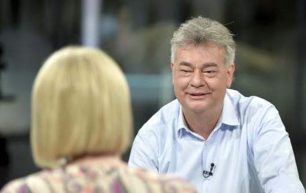 """Bis zu 753.000 sahen """"Sommergespräche"""" mit Werner Kogler"""