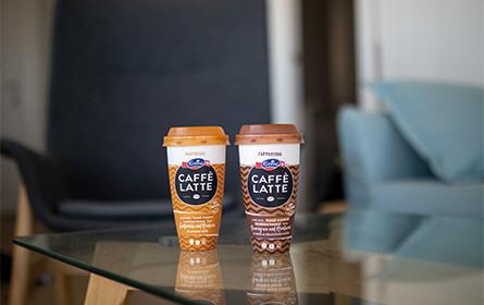 Emmi präsentiert Becher für Eiskaffee aus chemisch recyceltem Polypropylen