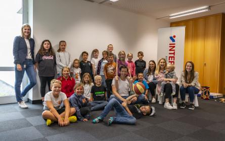Intersport unterstützt Eltern mit Kinderbetreuung im Sommer